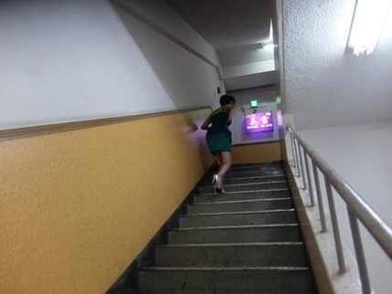 走るミユキママ